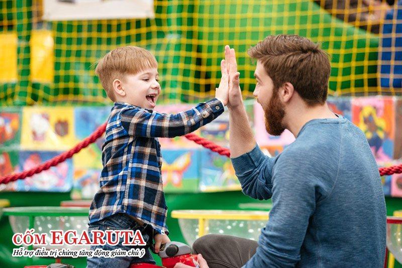 Dành cho trẻ tăng động giảm chú ý lời tán dương đúng lúc